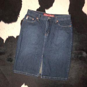 Vintage Guess jeans denim pencil skirt, size 27